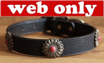 "Leren hondenhalsband  "" Bloemen ""   Zwart"