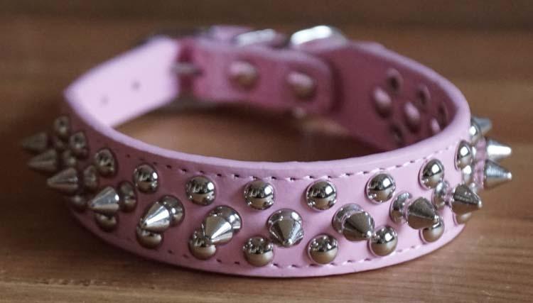Leren hondenhalsband roze met studs en spikes